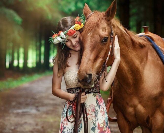 Що подарувати дівчині, яка любить коней